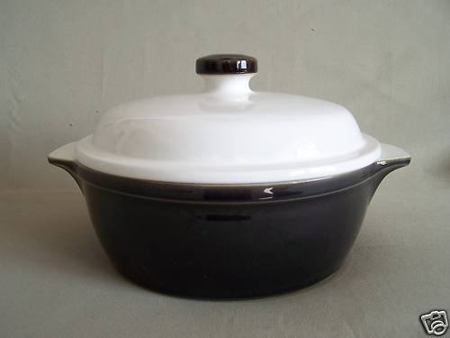 DENBY Oyster Round Covered Casserole Vegetable Bowl Tureen Large England New