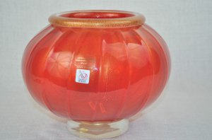 MURANO Art Glass Red Vase/Bowl Footed Gold Dust  Gambaro & Poggi New