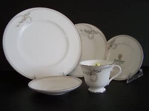 WATERFORD China Ballet Jewels 5 Piece Place  Setting New