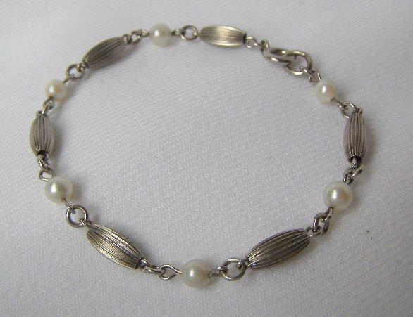 Vintage Sterling Silver & Real Pearl Bracelet