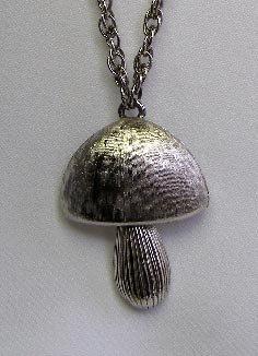 1960s Mod Mushroom Pendant Necklace