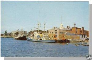 Beautiful WOODS HOLE, MASS/MA POSTCARD, Harbor/Cape Cod