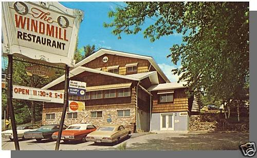 LACONIA, NEW HAMPSHIRE/NH POSTCARD, Windmill Restaurant