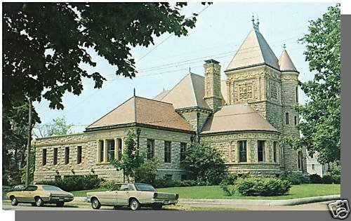 Nice FAIRHAVEN, MASS/MA POSTCARD, The Millicent Library