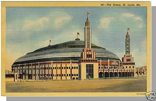 Striking ST. LOUIS, MISSOURI/MO POSTCARD, The Arena
