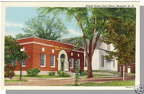 NEWPORT, NEW HAMPSHIRE/NH POSTCARD, Post Office,Nr Mint