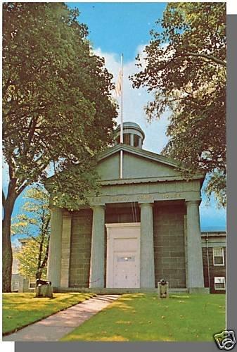 BARNSTABLE, MASS/MA POSTCARD, Court House, Cape Cod