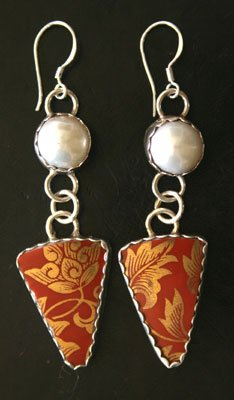 Style EP8 Restaurant Plate Earrings with Pearls