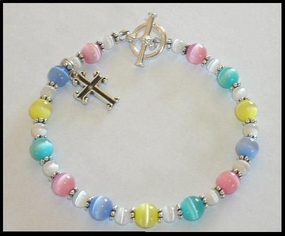 WALK TO EMMAUS Charm Bracelet DE COLORES Cats Eye and Sterling