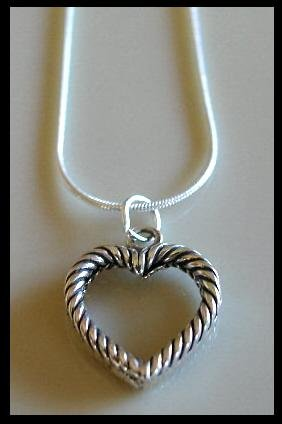 Solid Sterling Silver MOTHERS PICTURE HEART Charm Necklace 18 Inches