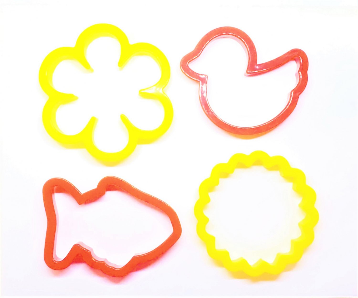SALE Set of 4 Plastic Wilton Cookie Cutters - Flower, Sunflower, Fish & Duck