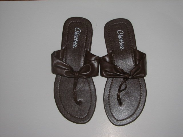 Women's Brown T-Strap Sandals Large (9-10)