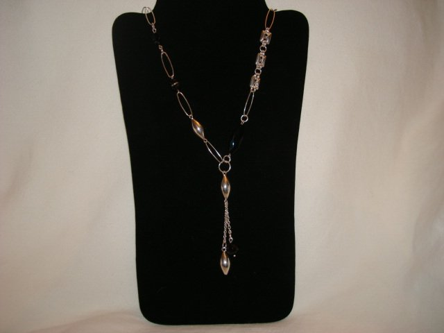 Beautiful Sterling Silver Necklace with Crystals & Onyx