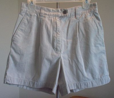 BRAND NEW New York and Company Khakis size 8 shorts NWOT