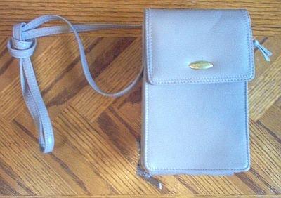 Liz Claiborne tan purse organizer wallet like new condition