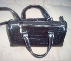 NINE WEST black handbag purse in excellent condition gorgeous nice
