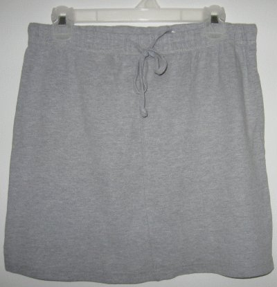 Maternity Announcements gray cotton skirt size medium in good condition