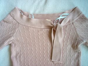 Forever 21 sexy cute trendy size large  fits small pink sweater