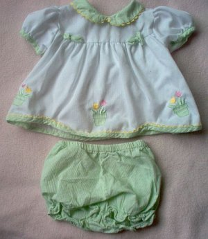Mayfair Kids 6-9 months dress bloomer outfit set excellent condition