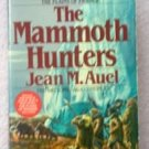 Book: the Mammoth Hunters by Jean M. Auel gently used condition