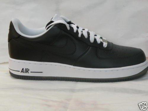 Nike Air Force 1 Black and White