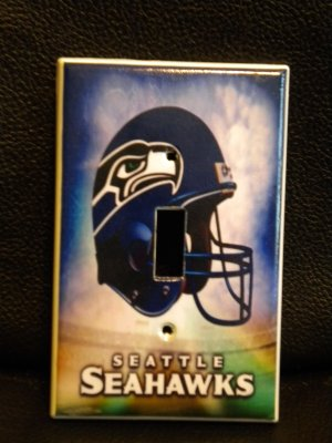 SEATTLE SEAHAWKS LIGHT SWITCH COVER *Great Gift