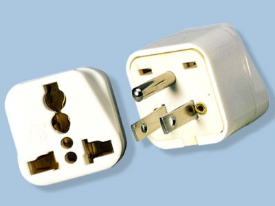 American Grounded Plug Adapter with Universal Socket Output SS417