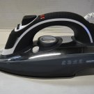 Daewoo DI-9208 220 Volt Black Steam Iron (220V NON-US Compliant)