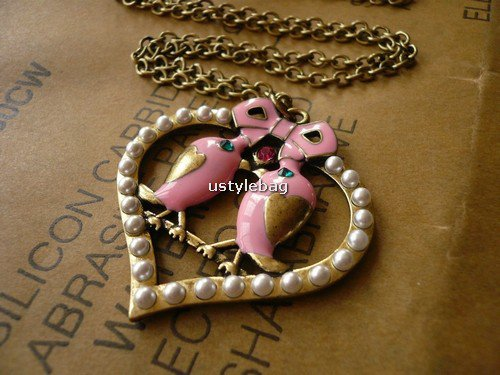 Limited edition-Sweet Love vintage necklace
