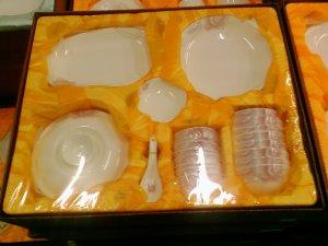Chinese Magnesia Porcelain Tableware Set 38 PCS Rose 02