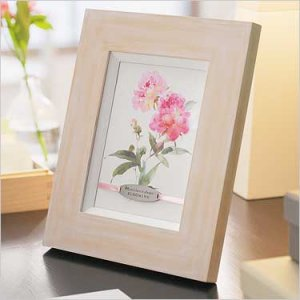 """Mom's Love Is Always Blooming""  Framed Sentiment"