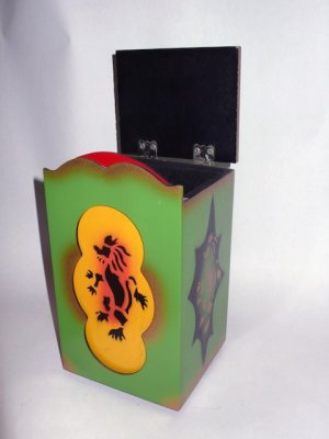 GRANT'S LARGE DOUBLE LOAD PAGODA / Vintage Magic Trick