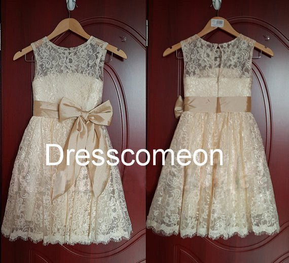 Custom  Made Scoop Knee-length  Lace Flower Girl Dress with Sequins and Bowknot