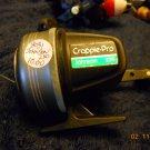 JOHNSON Crappie-Pro Fishing Reel