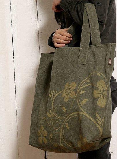 Canvas hangbag Tote Diaper Notebook bag - Green flower pattern