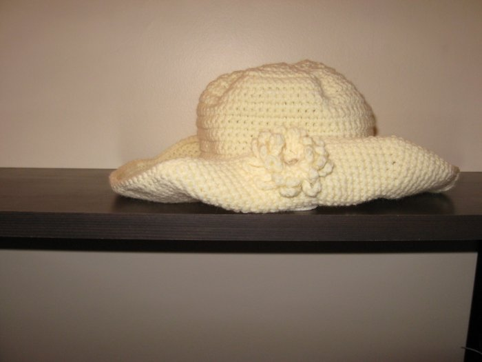 Crochet kid hat