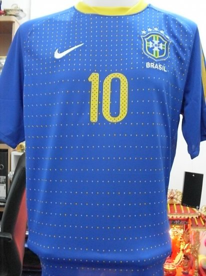 Brazil away new Worldcup + fifa2010+KAKA*10 or Other Player  size M/XL