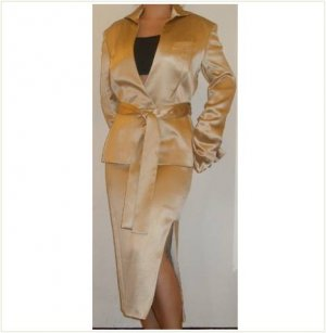 Gucci Just amazing couture silk suit, 42
