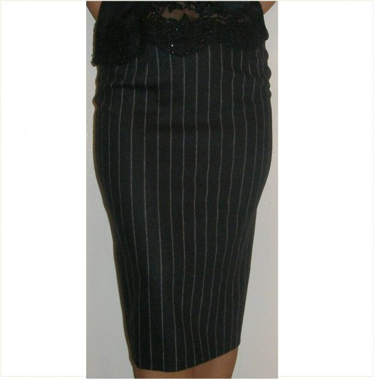 Valentino NEW $830 tailored pencil pinstripe flannel skirt, 6