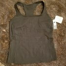 New with tags Gap fit workout tank with shelf bra