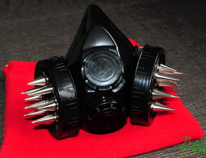 Black Cyber Mask Cyber Goth Respirator Gas Mask 18 Spikes