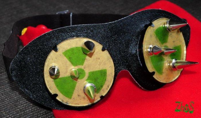 Cyber Goth Goggles Glasses 8 Spikes CyberPunk Industrial Noise Dark Wave RADIATION 83