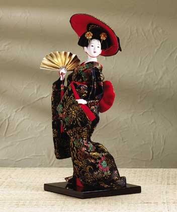 29107 Porcelain Geisha with Fan