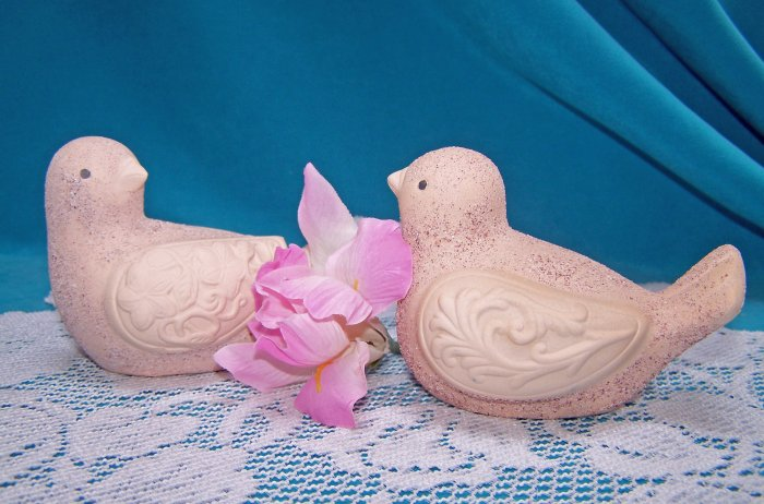 Pair of BISQUE Pottery BIRDS Figurines DOVES