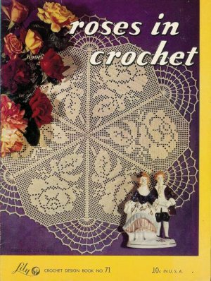 Lily Mills Roses in Crochet Patterns Tatting Doily Placemat Buffet Set 1953
