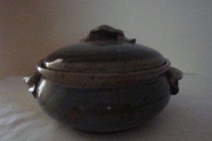 Contempory Pottery Artist Signed Art Pottery Bean Pot w/Lid