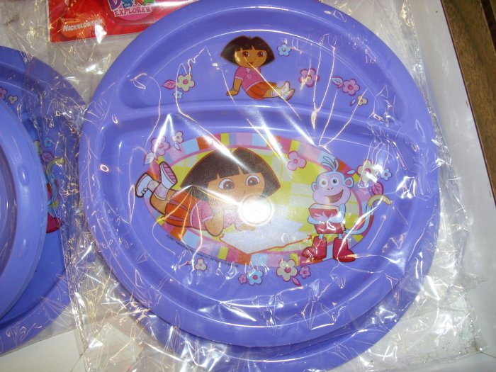 Dora The Explorer 2 sectional divided plate