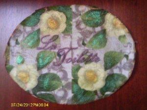 Vintage floral victorian shabby chic bath wall plaque VS34