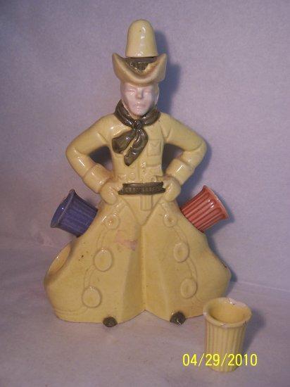 Cowboy & Side-Shooters Decanter