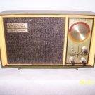 Vintage SEARS Solid State Silvertone Radio